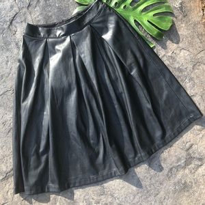 Who What Where faux leather skirt